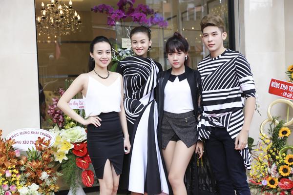 Người mẫu Minh Trung và nhóm TVM