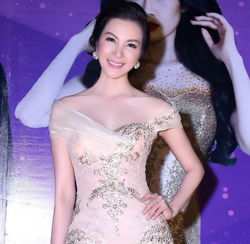 MC Thanh Mai sở hữu vẻ đẹp không tuổi